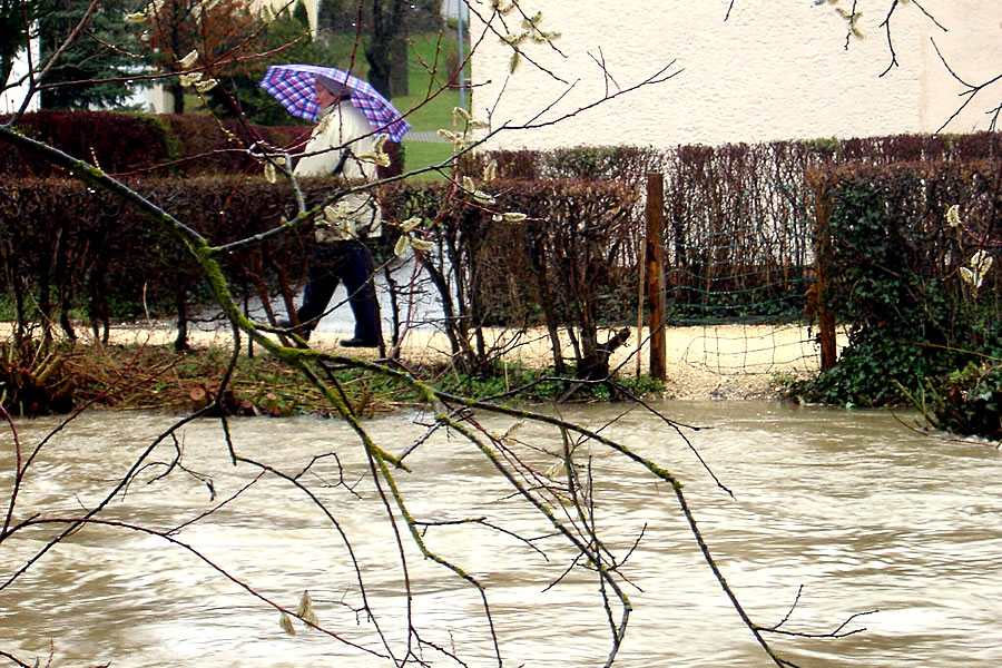 Hochwasser beim Aachweg.