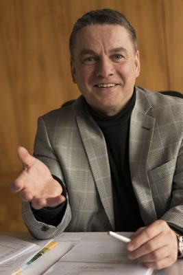 Bürgermeister Ralf Baumert in seinem Amtszimmer.
