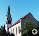 Außenansicht der Kirche St. Nikolaus in Worblingen