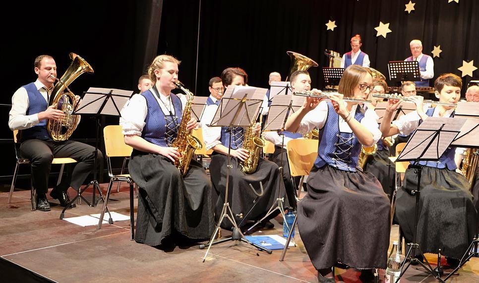 Von Pop bis Polka reichte das Programm und nicht nur nach den beliebten Melodien aus dem Musical Mary Poppins gab es viel Applaus. Bild: Sirgune Piorreck