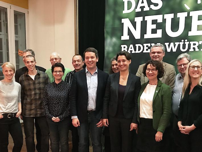 Die Landesvorsitzenden Bündnis 90 / Die Grünen Sandra Detzer und Oliver Hildenbrand war beim Ortsverband Rielasingen-Worblingen zu Gast mit dabei auch Landtagsabgeordnete Dorothea Wehinger. swb-Bild: Grüne