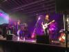 Bühnenshow der Band Surprise mit feinster Rockmusik aus den 70er und 80er Jahren.