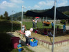 Außerbereich mit spielenden Kindern des Kinderhauses Rosenegg.
