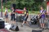 Liveauftritt der Gruppe Cool down. Später spielte noch die Band Missing Up, die auch im JUCA60 probt.