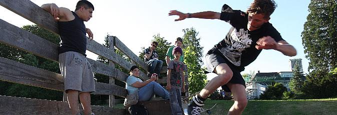 Jugendliche beim Skaten auf der Rampe beim JUCA 60. Foto: Ulrike Klumpp