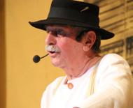 Josef Brütsch in seiner Rolle als »Trubehüüter« bei den Rattlinger Narrenspielen. Er verstarb in der letzten Woche kurz vor seinem 81. Geburtstag. swb-Bild: Archiv NV