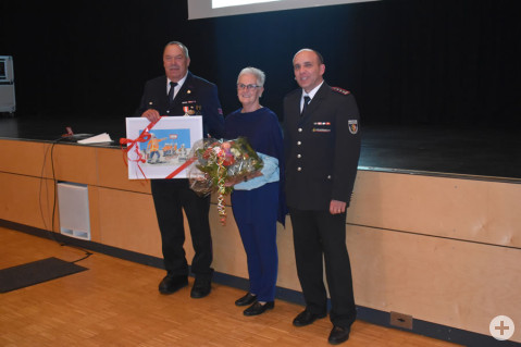 Raimund Fortenbach wurde mit der Ehrenmedallie des Landesfeuerwehrverbandes Baden-Württemberg in Silber ausgezeichnet.