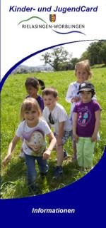 Deckblatt des Informationsflyers zur Kinder- und JugendCard.