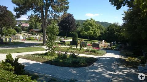 Friedhof Worblingen – gärtnergepflegte Grabfelder.