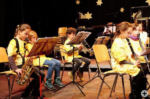 Die Kleinsten der Bläserklasse hatten ihren ersten Auftritt vor großem Publikum. Bild: Sirgune Piorreck