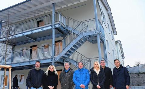 (von links) Ralf Ebenslander und Karin Schmidt vom Bauamt, Wilfried Rauscher (FBW), Thomas Silberburger (FBW), Nadine Stotz (FBW), Bürgermeister Ralf Baumert und Jürgen Baumeister (FBW). Bild: S. Bossenmaier