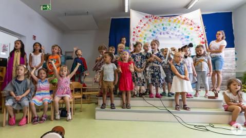 Die Kinder der KITA Klangwolke führten das Musical Arche Noah vor.