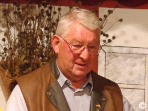 Josef Bölle auf der Bühne seines Theaters im Jahr 2011. swb-Bild: of/Archiv