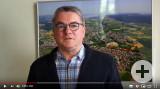 Bürgermeister Ralf Baumert verkündet den Start des Helferkreis Corona Rielasingen-Worblingen.